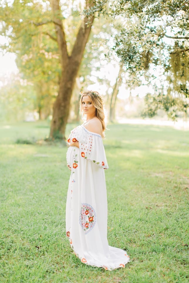 9bf3b3f6075 Rent this embroidered maternity dress