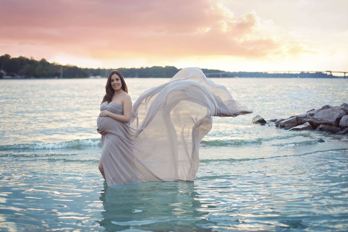Maternity dress rentals maternity gowns for photography ombrellifo Image collections